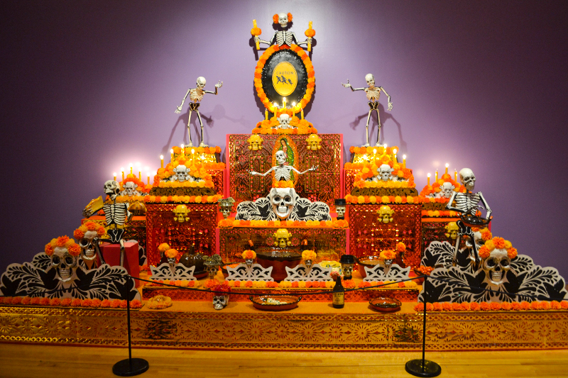 Alter at the National Museum of Mexican Art
