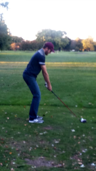 Devon demonstrated how to swing for all the new golfers.