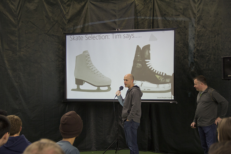 Tim Jager giving tips on choosing wihch type of ice skate to take