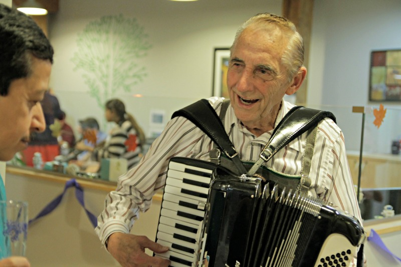 The accordian player entertains guests at DMC.